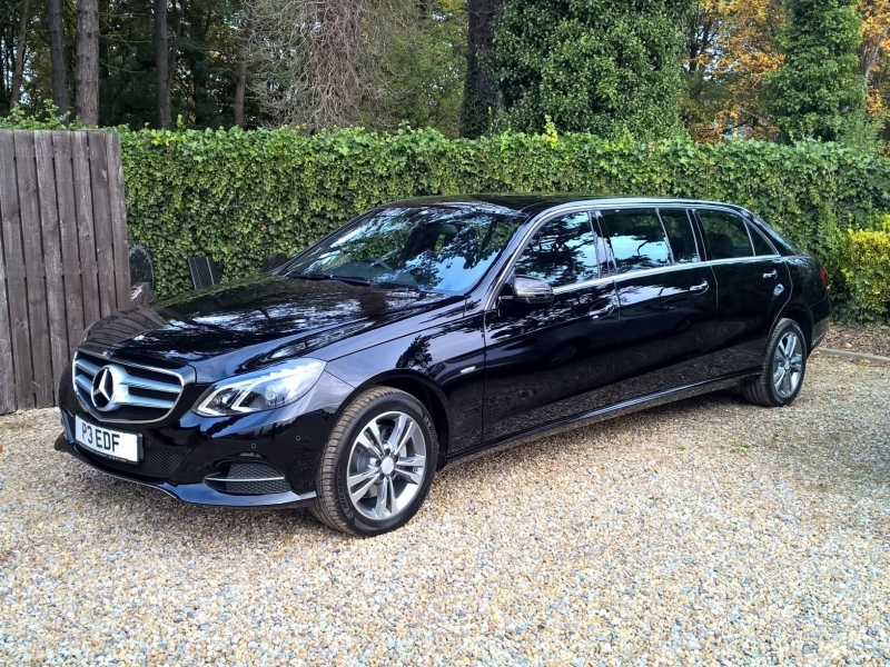 Funeral car transport binz mercedes benz e class limo for for Mercedes benz limo